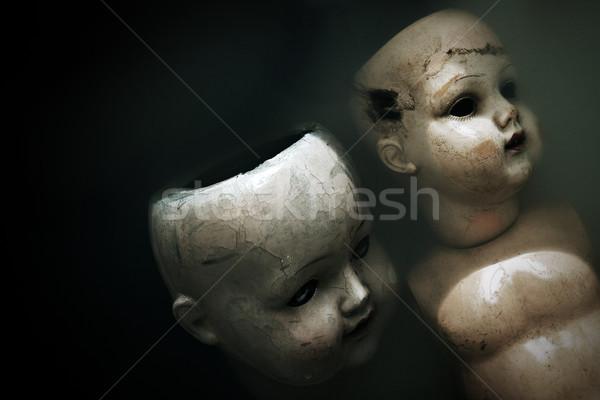 Griezelig poppen donkere vuile water gezicht Stockfoto © sqback