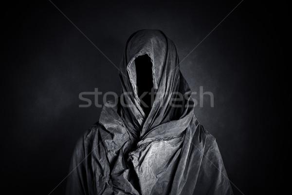 Descobrir escuro homem preto pano medo Foto stock © sqback