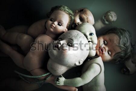 Foto stock: Horripilante · munecas · agua · nino · retro · oscuro