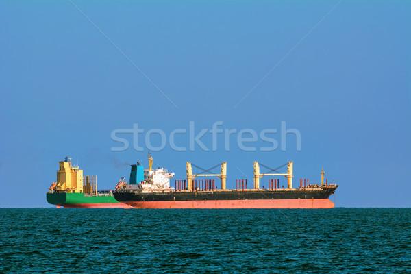 суда контейнера черный морем воды океана Сток-фото © SRNR