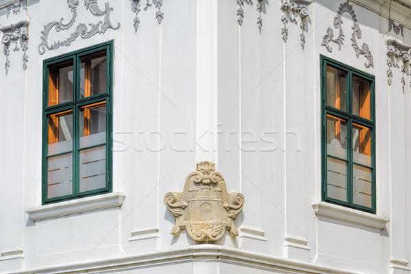 Canto casa casaco brasão casa janela Foto stock © SRNR