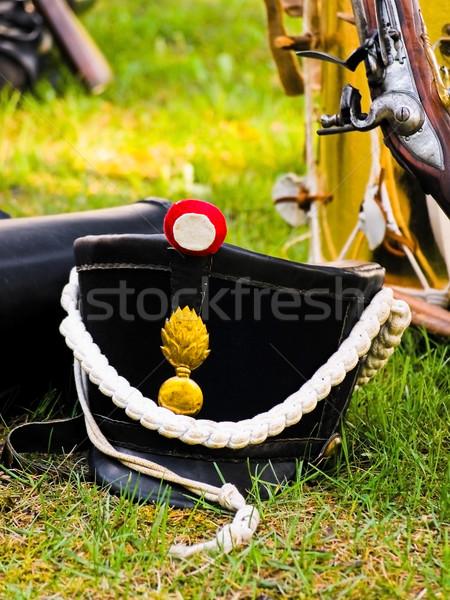 Munición suelo arma guerra sombrero militar Foto stock © SRNR