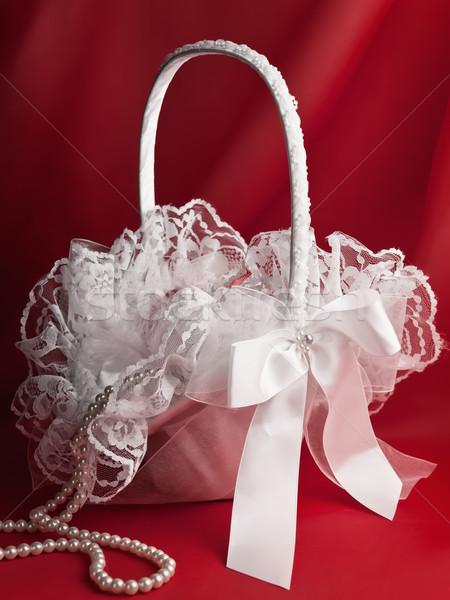 Menyasszonyi kosár virág gyöngy gyöngyök piros Stock fotó © SRNR