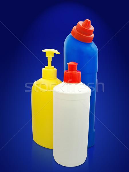 Artigos de higiene pessoal garrafas diferente plástico azul cosmético Foto stock © SRNR
