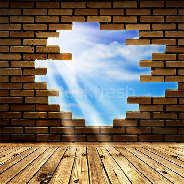 自由 藍天 陽光 孔 磚牆 房間 商業照片 © SRNR