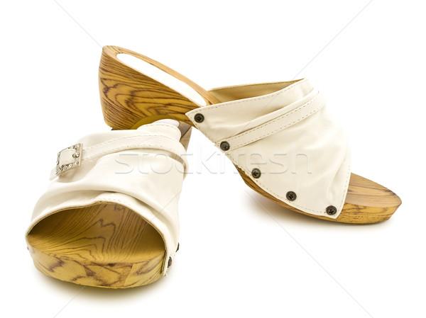Vrouw zomerschoenen zomer witte schoenen mode Stockfoto © SRNR