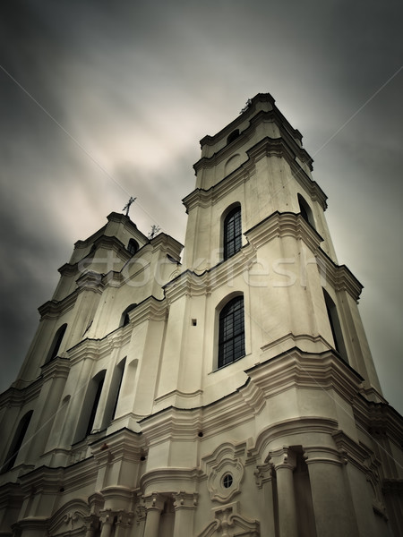 Iglesia católico oscuro dramático cielo nubes Foto stock © SRNR