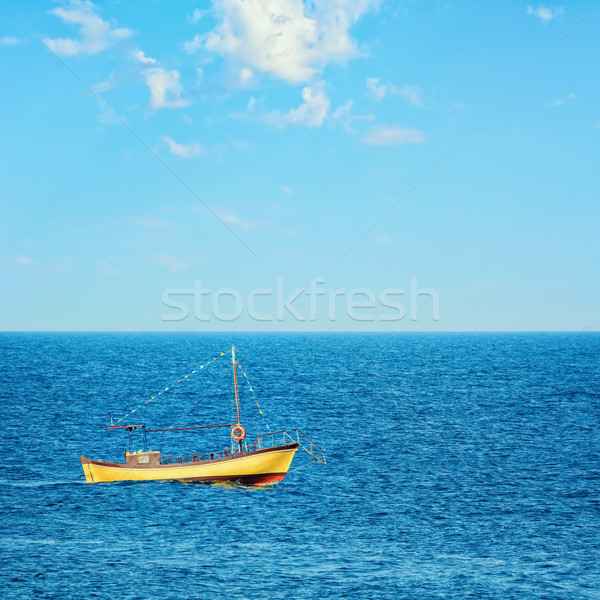 черный морем воды океана лодка Сток-фото © SRNR