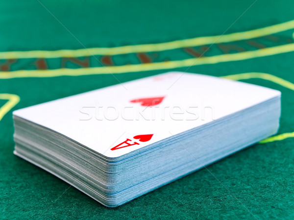 Kártyapakli zöld asztal póker kártya játék Stock fotó © SRNR