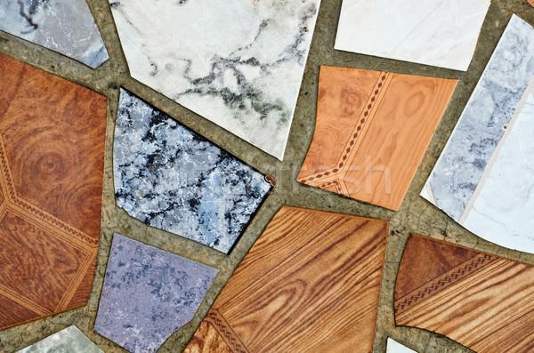 Quebrado azulejos peças textura parede padrão Foto stock © SRNR