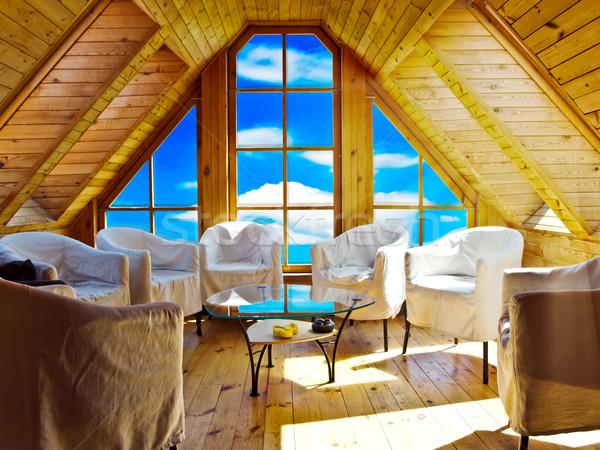 Estate stanza legno cielo blu fuori finestra Foto d'archivio © SRNR