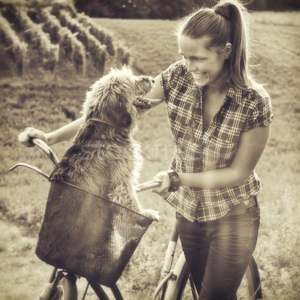 Dostluk bağbozumu stil fotoğraf kız köpek Stok fotoğraf © Steevy84