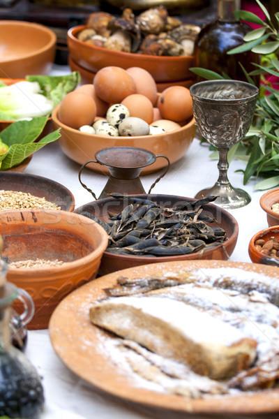 Antigo romano comida ovos peixe feijões Foto stock © stefanoventuri