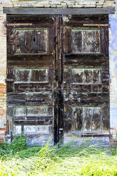 Eski kapı terkedilmiş ahşap duvar ev Stok fotoğraf © stefanoventuri