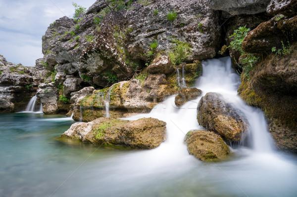 Cachoeira rio cachoeiras desfiladeiro água paisagem Foto stock © Steffus