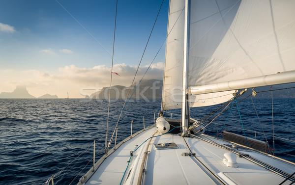 セーリング ボート ヨット 岩 島 ストックフォト © Steffus