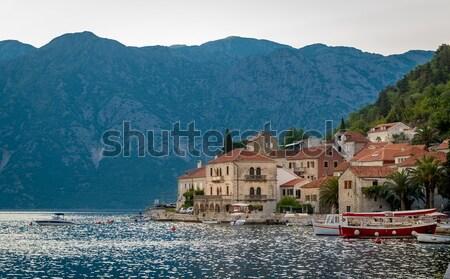 Velho aldeia cidade velha mar montanhas paisagem Foto stock © Steffus