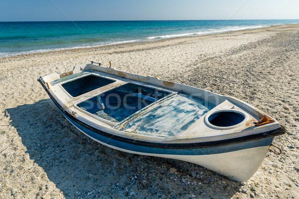 старые лодка песок пляж Средиземное море морем Сток-фото © Steffus