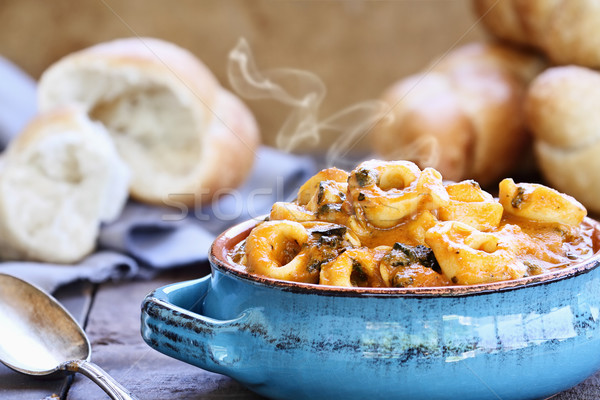 Domates ıspanak çorba taze ekmek Stok fotoğraf © StephanieFrey