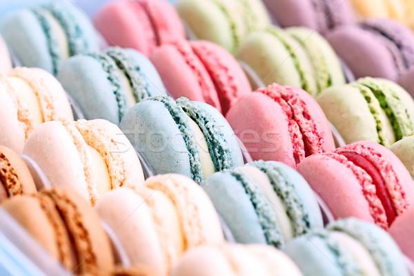 Stok fotoğraf: Renkli · macarons · kutu · taze · aşırı · sığ