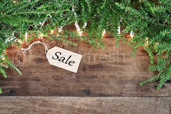 Pine naalden lichten verkoop tag houten Stockfoto © StephanieFrey