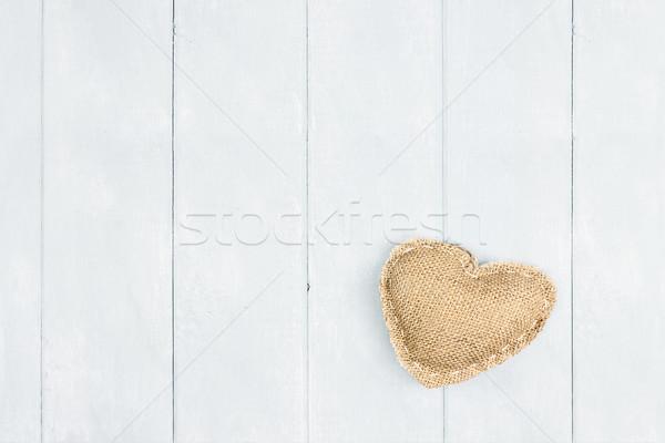 Saint valentin toile de jute coeur bois chambre espace de copie Photo stock © StephanieFrey