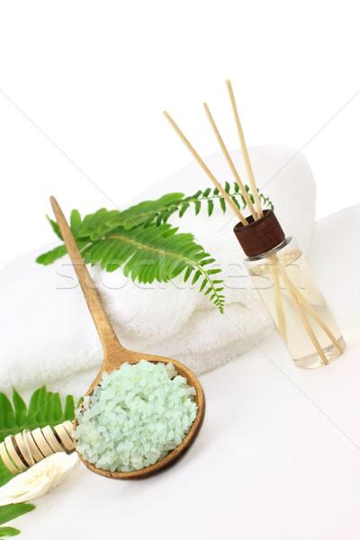 Bagno verde oli essenziali bianco asciugamano Foto d'archivio © StephanieFrey