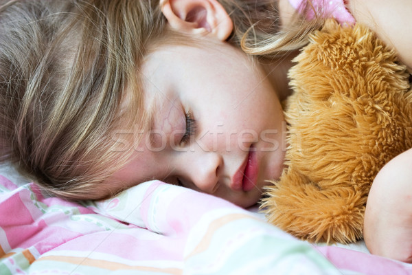 Enfant dormir Nounours visage santé Photo stock © StephanieFrey