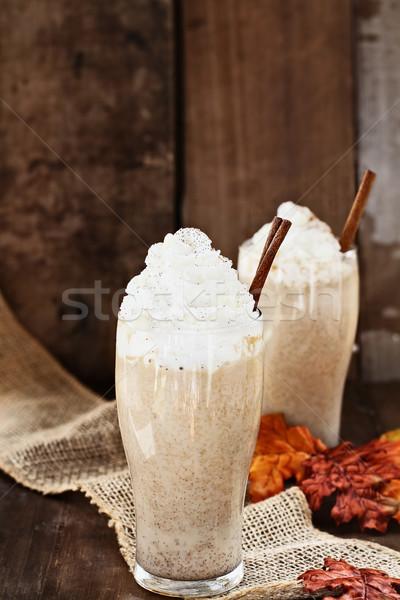 Sütőtök fűszer jeges kávé tejszínhab fahéj Stock fotó © StephanieFrey