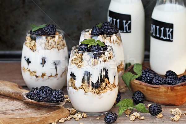 BlackBerry греческий йогурт гранола свежие Сток-фото © StephanieFrey