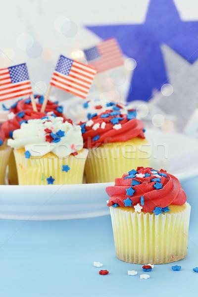 Hazafias minitorták amerikai negyedike sekély mező Stock fotó © StephanieFrey