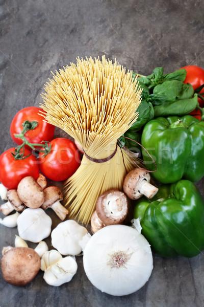 Sopra shot greggio spaghetti ingredienti salsa Foto d'archivio © StephanieFrey