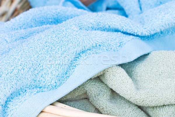 Propre serviettes panier à linge été vert Photo stock © StephanieFrey