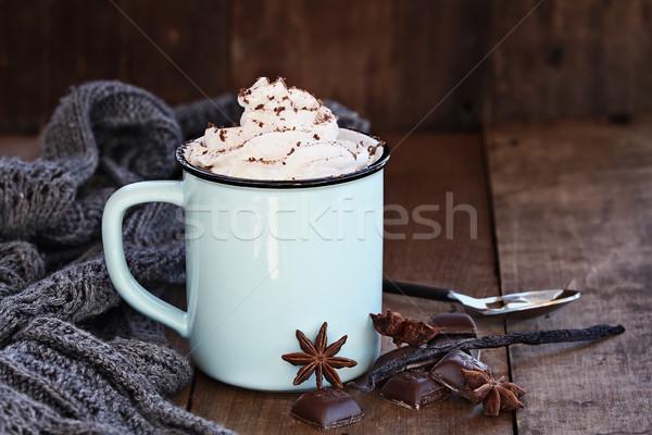 Sıcak kahve kırbaç krem emaye fincan Stok fotoğraf © StephanieFrey