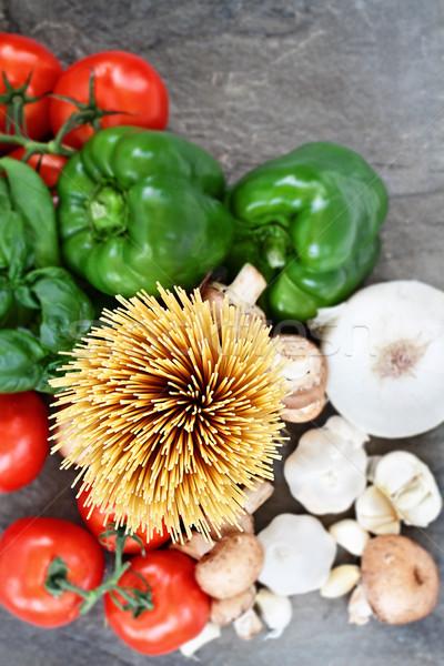 Powyżej shot spaghetti składniki sos bazylia Zdjęcia stock © StephanieFrey