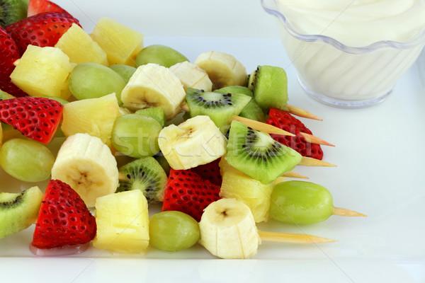 ストックフォト: フルーツ · ケバブ · 新鮮果物 · イチゴ · ブドウ · バナナ