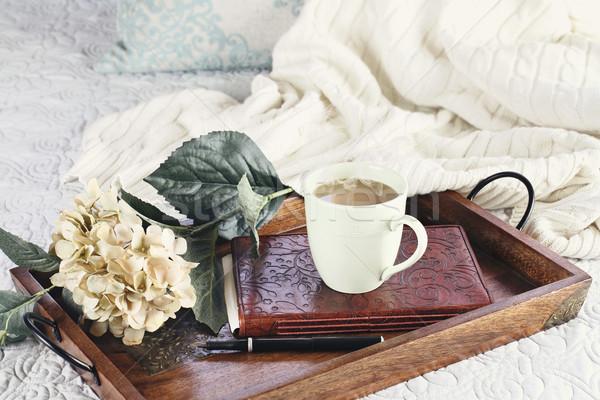 горячей кофе кровать расслабляющая Кубок книга Сток-фото © StephanieFrey