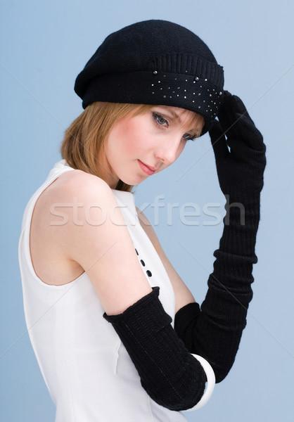Mujer lana sombrero mitones Foto stock © stepstock