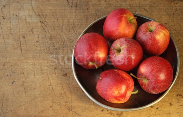 Jabłka metal tablicy górę widoku żywności Zdjęcia stock © stickasa