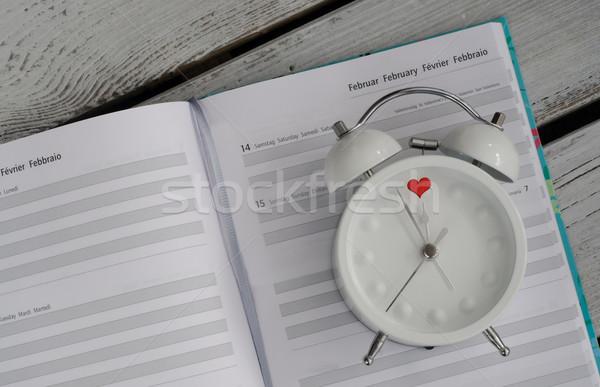 Zdjęcia stock: Budzik · walentynki · kalendarza · miłości · zegar · tle