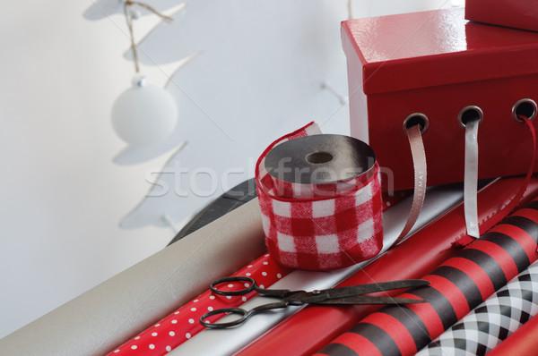 Zdjęcia stock: Christmas · przedstawia · obecnej · wstążka · wakacje