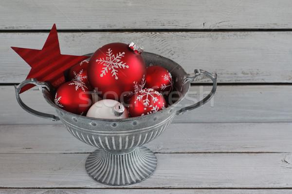 Czerwony christmas dekoracje metal puchar Zdjęcia stock © stickasa