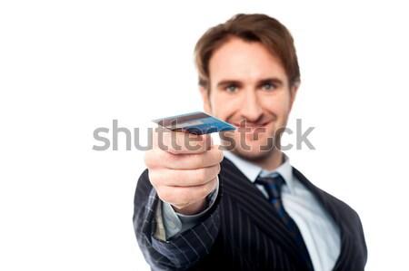 Foto stock: Empresário · cartão · de · crédito · jovem · masculino · executivo