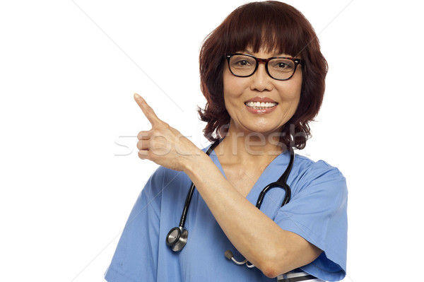 Foto stock: Enfermeira · indicação · cópia · espaço · asiático · branco