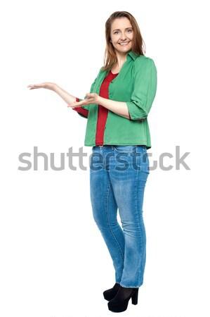 Stijlvol vrolijk vrouw charmant heldere Stockfoto © stockyimages