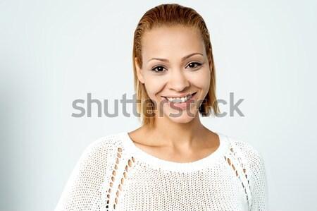 Pretty woman indossare maglia top sorridere Foto d'archivio © stockyimages