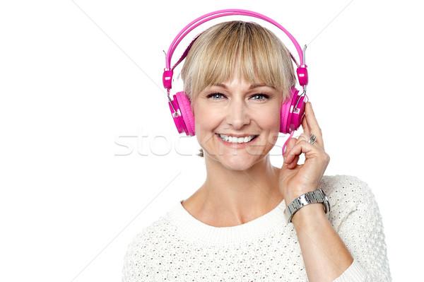 ストックフォト: 肖像 · 女性 · ヘッドホン · 音楽