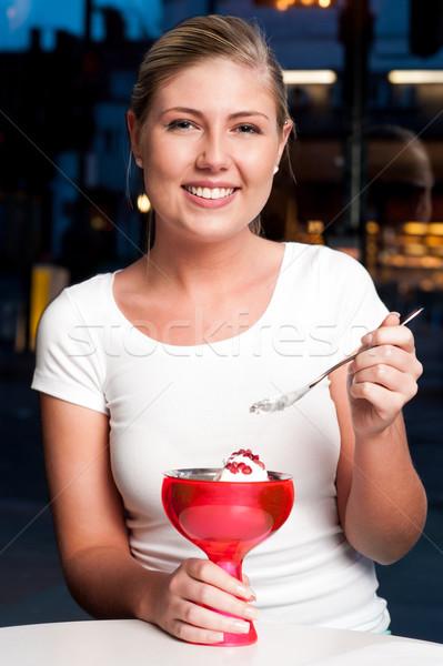 Schöne Frau genießen verlockend Dessert anziehend schönen Stock foto © stockyimages