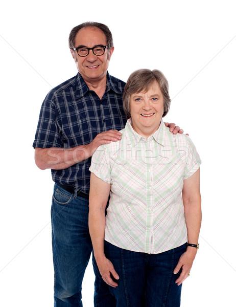 Amor casal posando sorrir masculino Foto stock © stockyimages