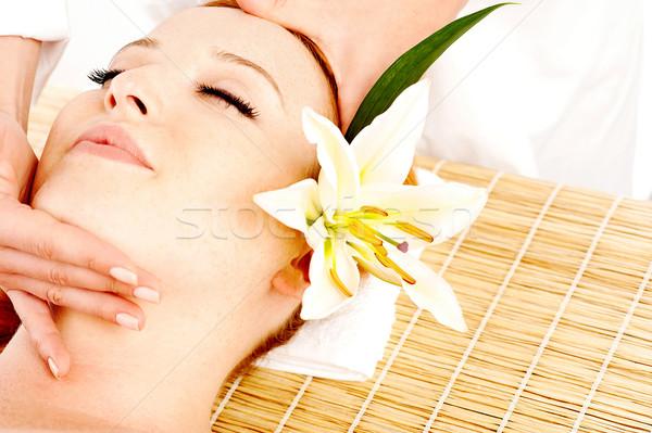 Kobieta leczenie uzdrowiskowe piękna młoda kobieta młodych spa Zdjęcia stock © stockyimages